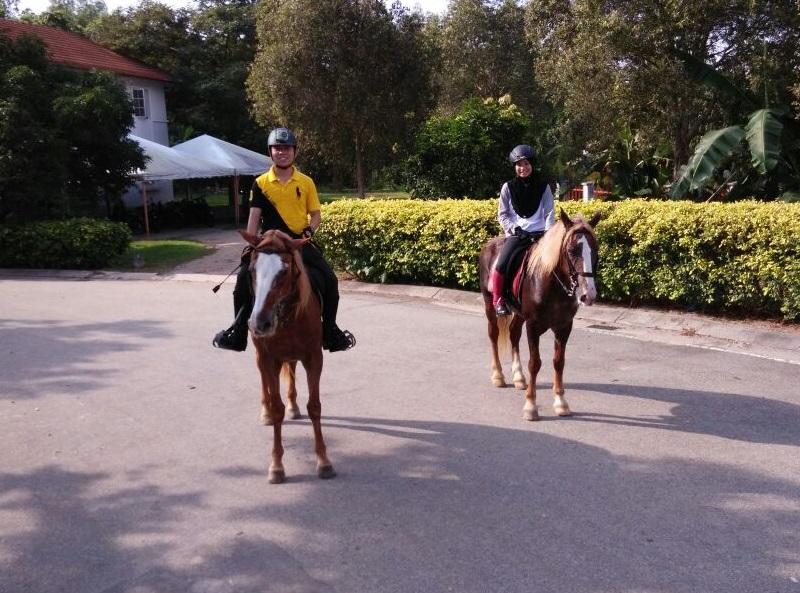 Athirah & Daniel - escorted hacking